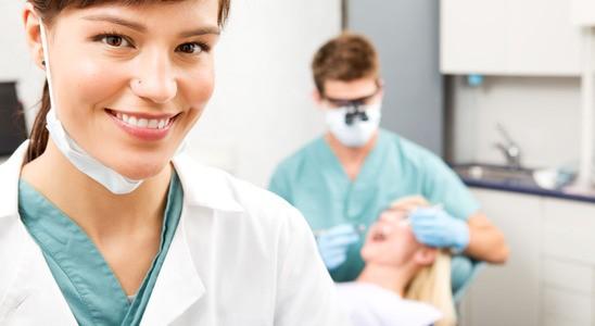 התוכנה המובילה בישראל למעבדות שיניים ! ניהול תפעולי של כל פעילויות המעבדה ! ניהול עיסקי – שיווק מלאי ורכש – וניהול חשבונאי ופיננסי !